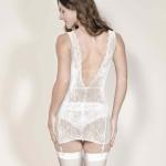 Kleid mit abnehmbaren Strapsen, hinten